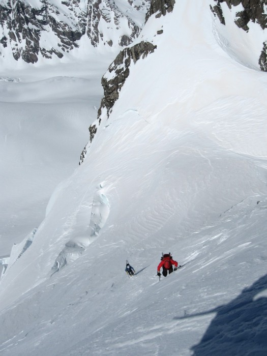 Ascending to col between Mt Walter and Elie De Beaumont