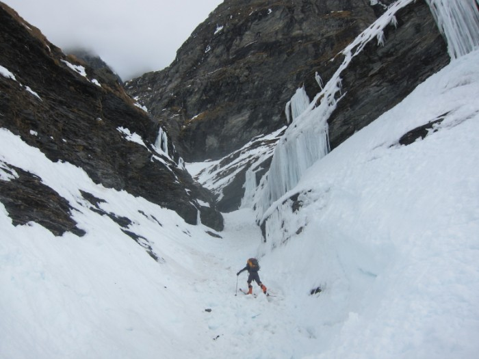 Alan pushing the skinning up the gully