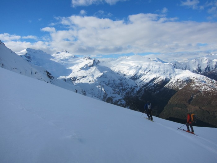 Descending to Kea Basin and view back to yesterday's travels