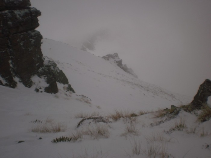 1400m Ross spur, start of bench leading to Symmetry Peaks