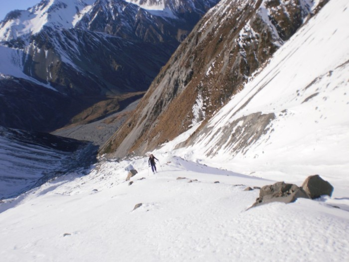 Skinning up Upper Tindill Stream at about 1500m, Macauley valley in background