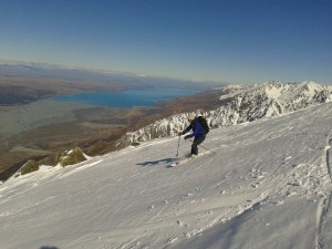 Skiing Mt Edgar Thomson, lake Pukaki in background