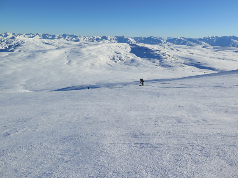 Skiing west in the Garvie Mountains, pk 1497 in centre